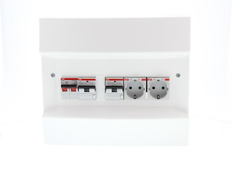 ABB Installatiedozen en -kasten PV-verdeler 2x combimaat B16 met 2x WCD en hoofdschakelaar (1SPN001600F0010)