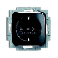 ABB Busch-Jaeger stopcontact 1-voudig met randaarde en kindbeveiliging zwart
