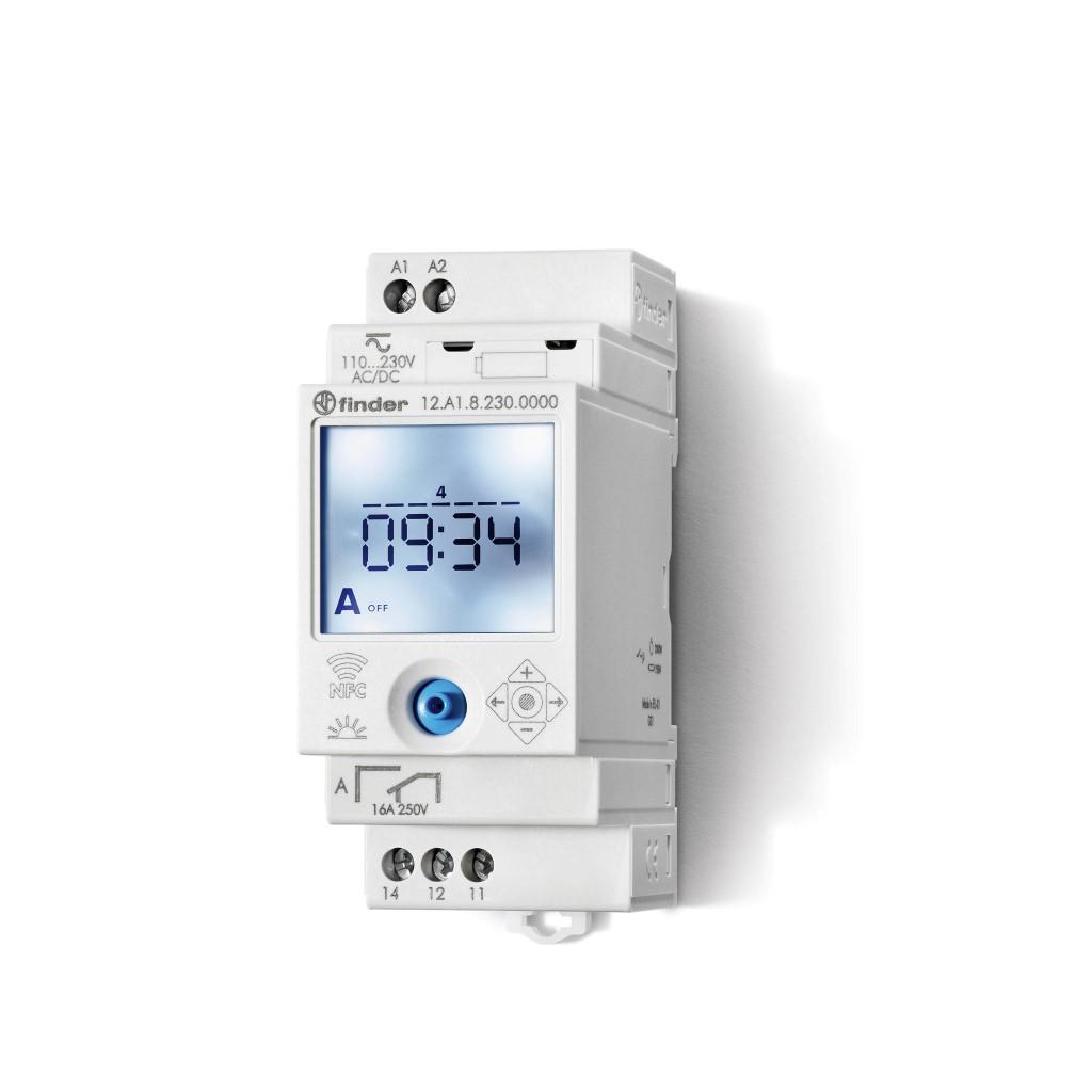 Finder digitale tijdschakelklok voor paneelbouw 16A 230V stuurspanning AC