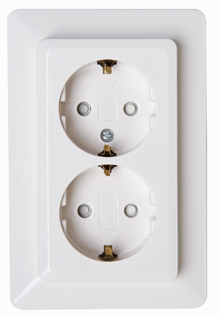 Kopp HK02 stopcontact half opbouw met randaarde en kinderbeveiliging 2-voudig wit